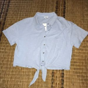 Fun Summer Tie Fromt Top NWT
